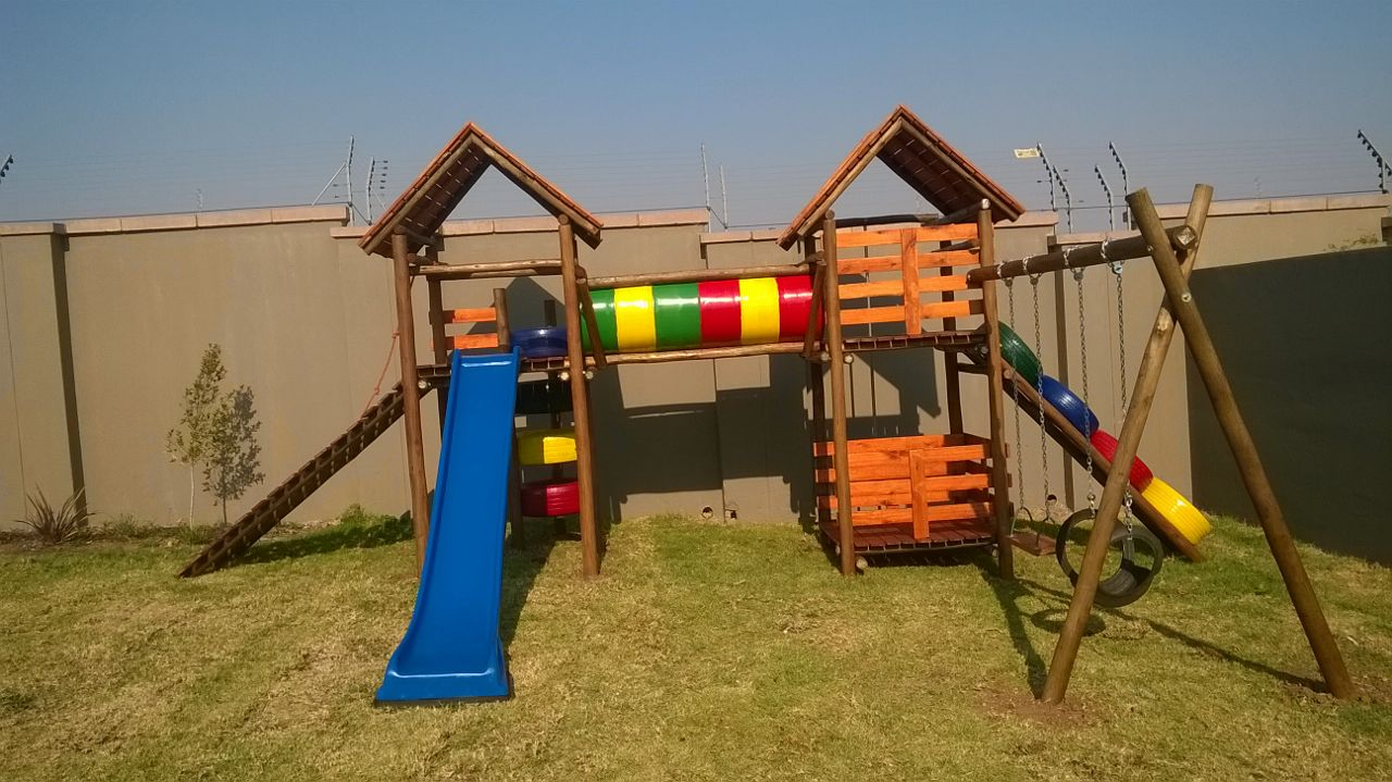 Wooden Jungle Gym Manufacturers